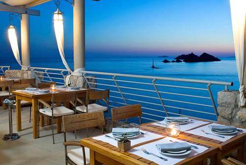 Hotel Dubrovnik Palace outdoor restaurant