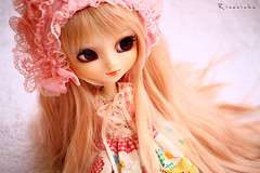 Pure White & Pink (Rinoninha) Tags: pink white cute blanco doll rosa chips lolita wig kawaii pullip 27 pure mueca coolcat leeke obitsu leekeworld rewigged rechipped tiphona