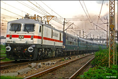 Presenting you the pic of first HWH P7 30295 (Raj Kumar (The Rail Enthusiast)) Tags: field switzerland indian express coal railways kolkata raj abb 3phase kumar howrah dhanbad sealdah ghaziabad irfca 30295 wap7