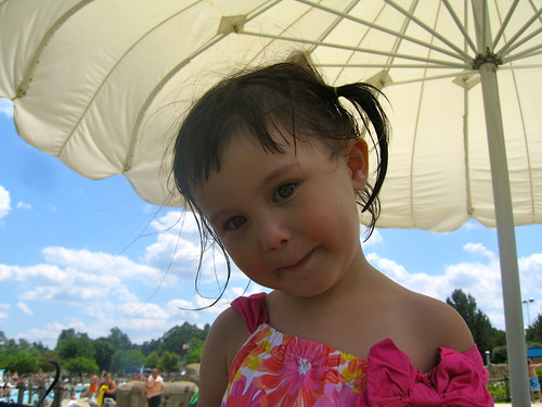 baby girl @ waterpark