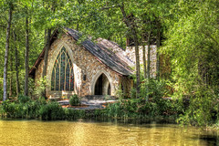 Callaway Gardens: Ida Cason Callaway Memorial Chapel (StGrundy) Tags: atlanta usa lake stone architecture woodland georgia nikon unitedstates gothic peaceful chapel arches stainedglass southern weddings picturesque hdr appalachianmountains pinemountain callawaygardens photomatix d80 idacasoncallawaymemorialchapel stgrundy fallscreeklake artistoftheyearlevel3 artistoftheyearlevel4