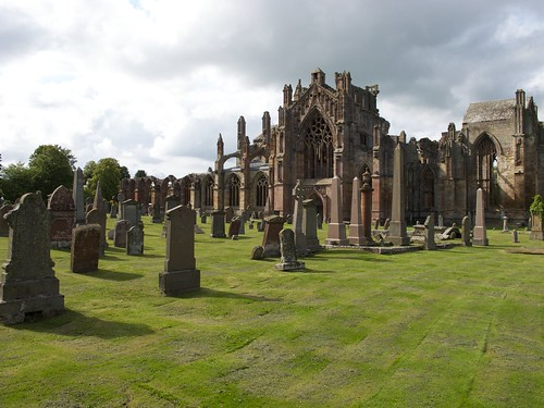 Melrose Abbey, Cemetery