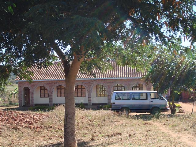 school with minibus