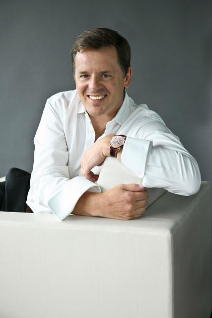 Baume-et-Mercier-Alain-Zimmermann-CEO-portrait-photographed-.jpg