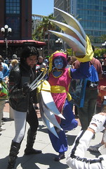 Wolverine and Hsien-Ko cosplay at Comic-Con 2011