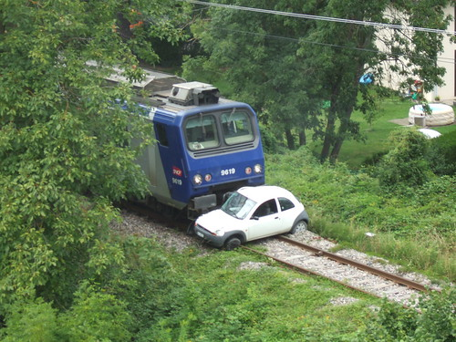 Accident de train à Genève by trams aux fils.