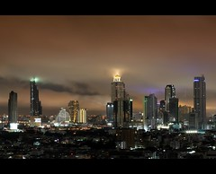 Glowing Sky | Bangkok (I Prahin | www.southeastasia-images.com) Tags: longexposure storm black rain weather night buildings river dark thailand lights delete2 southeastasia flood wind ominous foreboding bangkok flash dramatic save7 save8 delete save save2 save9 save4 monsoon tropical electricity save5 lightning save10 save6 tempest storms save1 condominium ferocity skybar statetower sathorn thedome peninsulahotel businessdistrict save11 save12 lebua hotelthe sathornroad gettyimagessoutheastasiaq2 savedbythehotboxgroup towershangrila