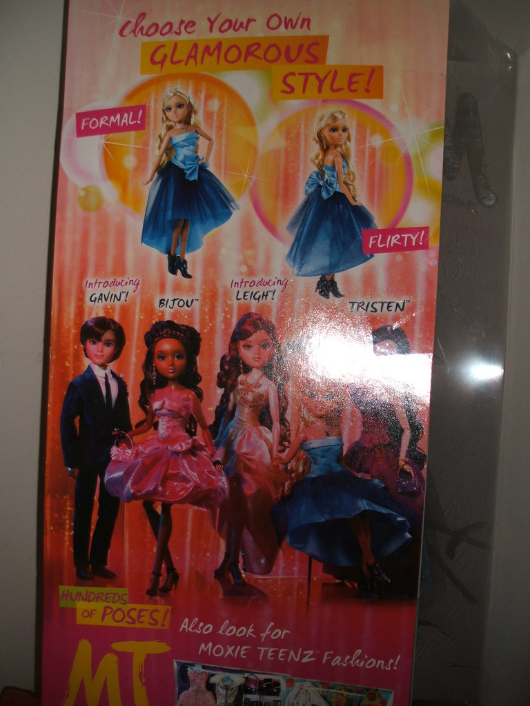moxie teenz red carpet melrose back of box