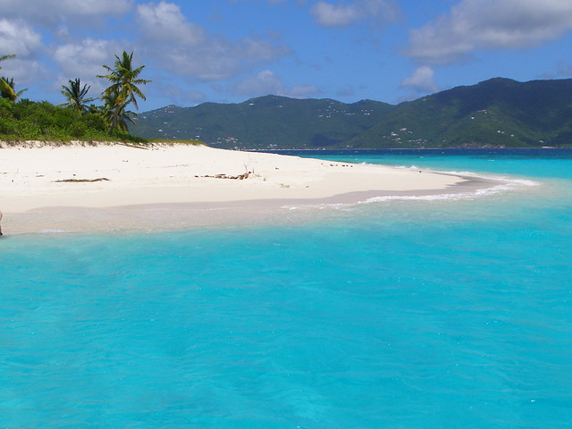 sandy-cay-caribbean-beach