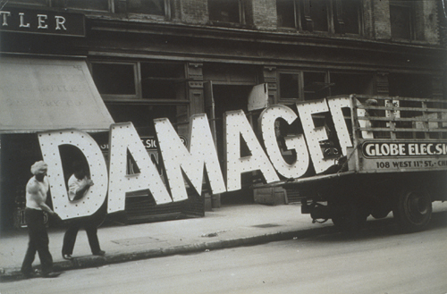 walker-evans-damaged-sign
