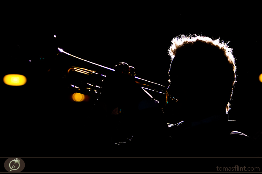 chris-botti-tomas-flint-1