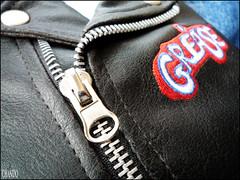 Photo Challenge 32/52 - Zipper (chando*) Tags: leather grease zipper cuir photochallenge fermetureéclair tirette