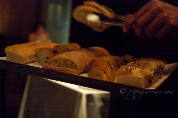 Otto Ristorante, Singapore-bread