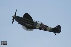G-BMSB - MJ627 - CBAF.7722 - Private - Supermarine 509 Spitfire T9 - 110702 - Waddington - Steven Gray - IMG_1516