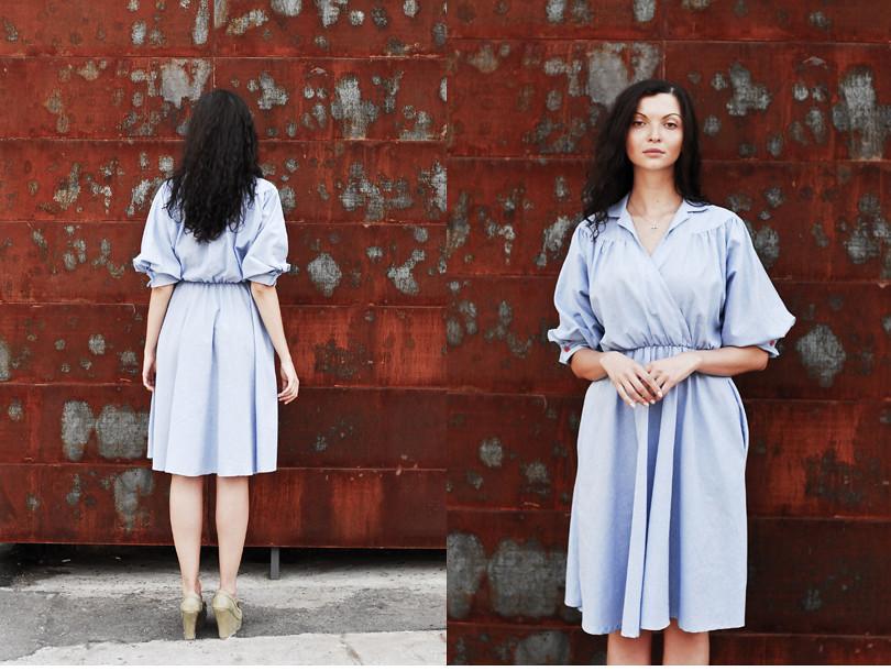 Голубое винтажное платье