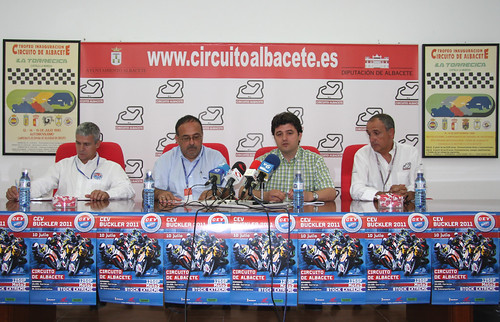Presentación CEV Buckler Albacete 2011