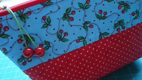 Necessaire Cherry by Maria Sica
