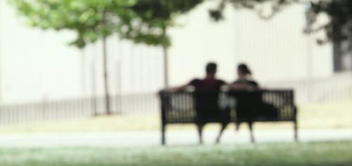 フリー写真素材, 人物, カップル・恋人・夫婦, 椅子・ベンチ・ソファ,