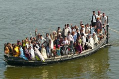 Ganga Ferry Boat near Buxar, Bihar India (Sekitar) Tags: people india ferry river boat crowd ganga bicyle ganges bihar buxar earthasia