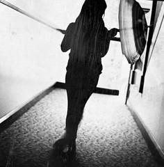 sync (pimpdisclosure) Tags: blackandwhite bw umbrella kid daughter babe twirl inside pimp pimpexposure pimpdisclosure ilovethelinesinthis ipurposelyrotatedthisphotosothebottomrightandtopleftcornerhavethoselineshitthosecornersthewaytheydid