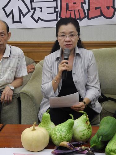 田秋堇表示,當地居民因為限建苦守寒窯,政府不修改限建條件,卻要趕走居民。
