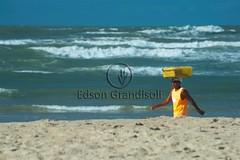 Atalaia (Edson Grandisoli. Natureza e mais...) Tags: praia vendedor areia atalaia aracaju nordeste sergipe ambulante comrcio