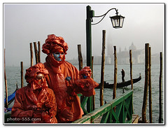 Venice Carnival. Free picture for your blog or website. (photo-555.com) Tags: italien carnival venice italy orange feast europa europe italia fiesta carnaval fte festa venise carnevale venecia venezia naranja venedig italie karneval arancione feiertag
