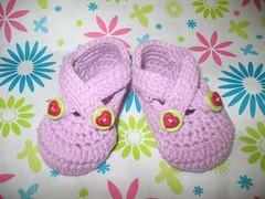 pink baby shoes (Yuli handmade) Tags: socks crochet slippers bedsocks crochetsocks crochetslippers
