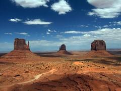 Monument Valley, Navajo Nation. (simonallardice) Tags: arizona sandstone desert navajo monumentvalley