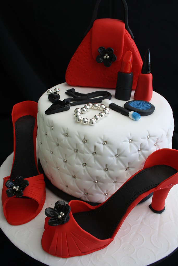 shoe, make up cake
