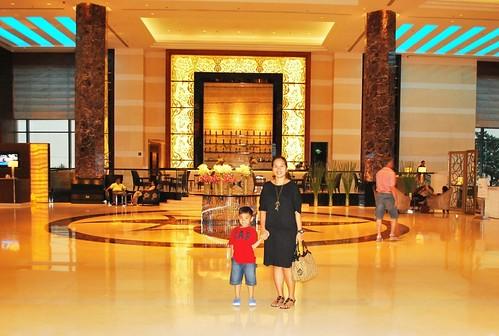 Radisson Blu Lobby1