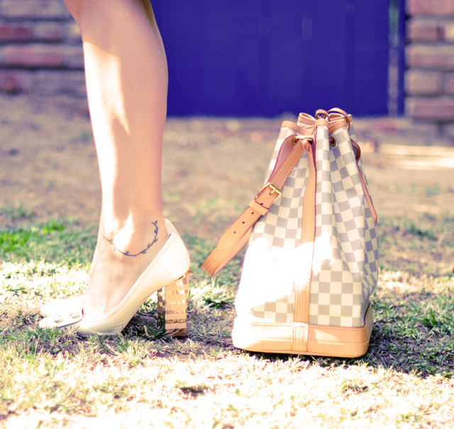 Marc Jacobs gold heels    with louis vuitton Noe bag
