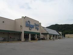 Kroger greenhouse store (Charleston, WV) (Andrew T...has left the building) Tags: supermarket charleston wv westvirginia kroger 2011