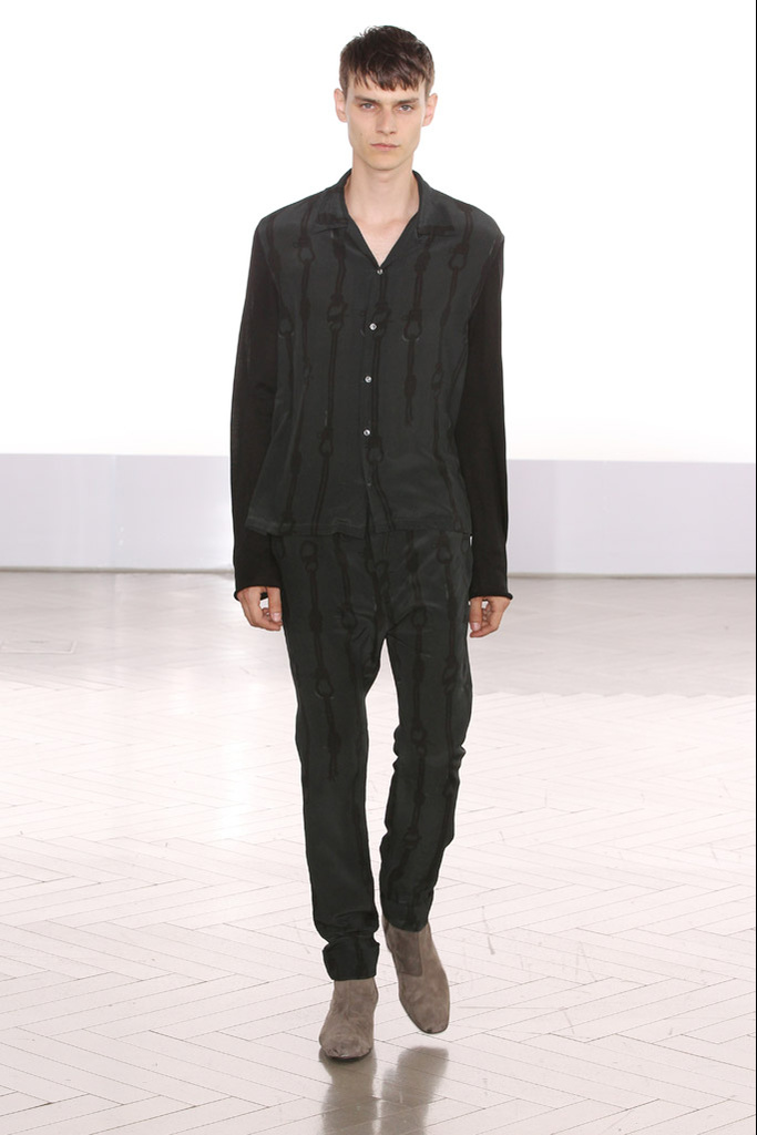 Douglas Neitzke3330_SS12 Paris Cerruti(Homme Model)