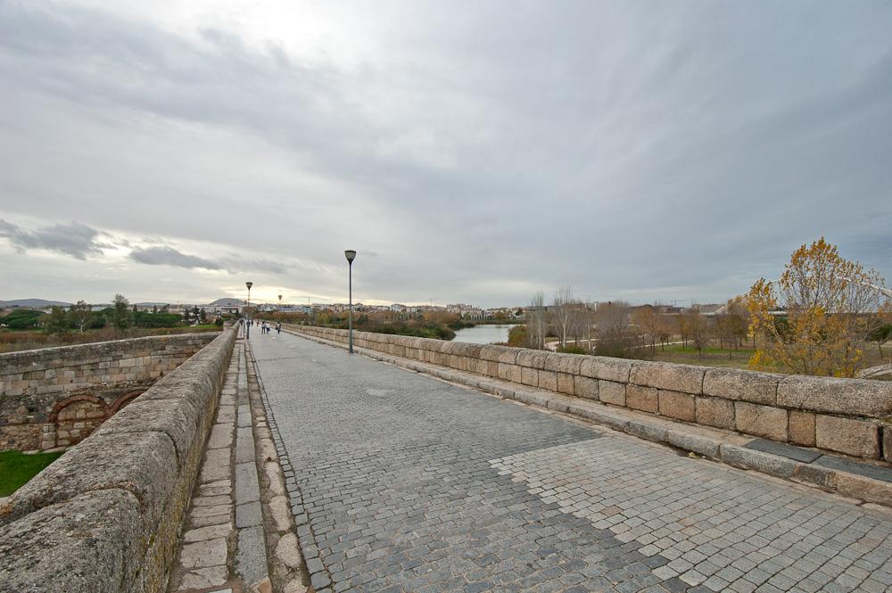 El Puente Romano De Merida
