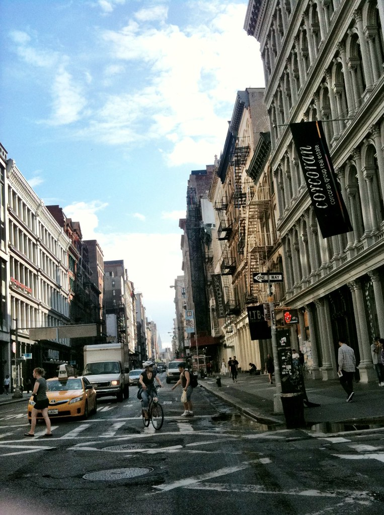 Walking in Soho down Broadway & Broome #walkingtoworktoday