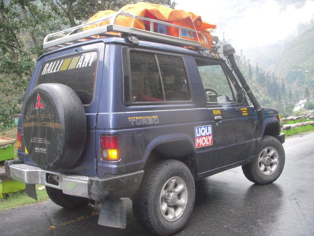 Team Unimog Punga 2011: Solitude at Altitude - 6009349838 d3a07a657e b