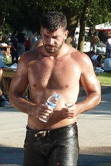 Time for some water - the man from Karamrsel (CharlesFred) Tags: turkey turkiye wrestler ismail turkish yildirim kirkpinar edirne pehlivan thrace oilwrestling karamursel westernturkey karamrsel trakya turkishwrestler oilwrestler sarayifield ismailyildirim