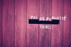 pas de publicit merci (philhearing) Tags: holiday france photography phil merci 85mm lincoln mk2 5d hearing mk facebook mark2 nojunkmail photographyking 5dmk2 5dmark2 philhearing
