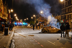 Tottenham High Road (Nicobobinus) Tags: riot smoke burning policecar highroad tottenham n17