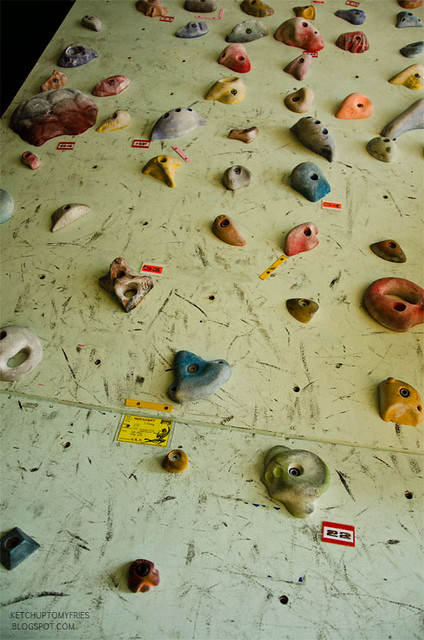 indoor-rock-climbing-5