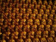 Buuuudddhhhaaassss (Keith Mac Uidhir  (Thanks for 3m views)) Tags: sculpture statue asian religious temple gold golden asia asien nightshot buddha buddhist south religion samsung buddhism korea row pg korean rows seoul asie samseong southkorea statuary gu aasia gangnamgu asya dong  gangnam  azia azi core  corea bongeunsa sia  statuettes sdkorea soul  selatan  coreia  chu coreadelsur  samseongdong  hnquc    sel    zsia  gneykore    mygearandme mygearandmepremium