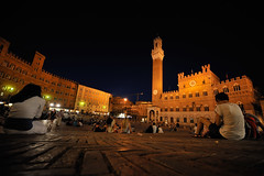 Piazza del campo Siena by night (Andrea Biagianti) Tags: italy night siena toscana notte notturno piazzadelcampo d700 s1224