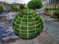 Green Earth - Hotel de Ville, Paris HDR by cheesimonki