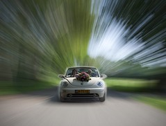 My first weddingshoot l (Eddy Blokhuis ) Tags: wedding cabrio newbeetle sunnyday trouwen kever bruiloft warpspeed weddingshoot oldenzaal zoomburst eddyblokhuis brulft stunningphotogpin