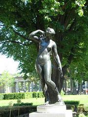 Berlin esculturas en la calle 09 (Rafael Gomez - http://micamara.es) Tags: berlin esculturas en la calle street sculptures germany skulpturen der strase deutschland escultura estatua estatuas monumento monumentos