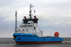 BLUE ALFA ....... where is the sun this summer ?? (cuxclipper ) Tags: ship tug schiff cuxhaven schlepper supplyvessel versorger bluealfa imo7921007 pnewind