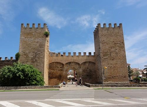 Alcudia walls