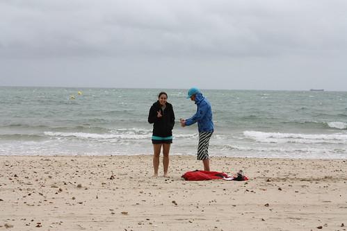 Mel learning to kitesurf