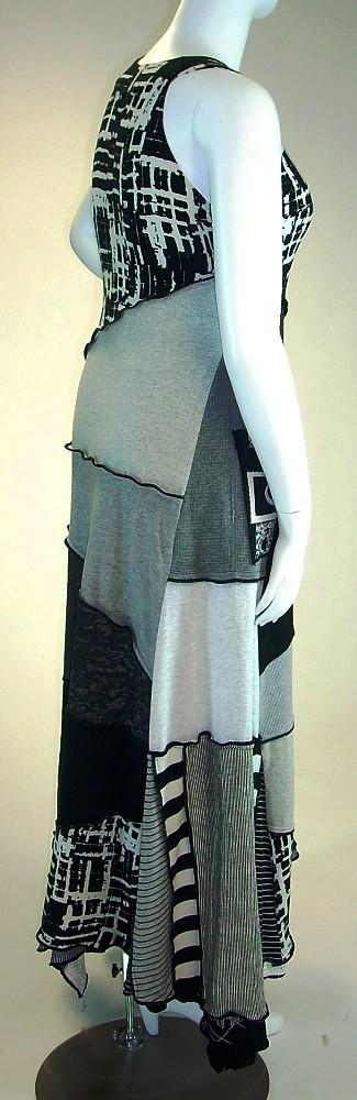 Black White and Grey Sleeveless T-Shirt Dress, Size Medium- Large ( 10-12-14)